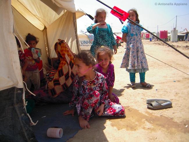 Bambini nel Campo di Khazir - Governatorato di Erbil - Kurdistan Iracheno