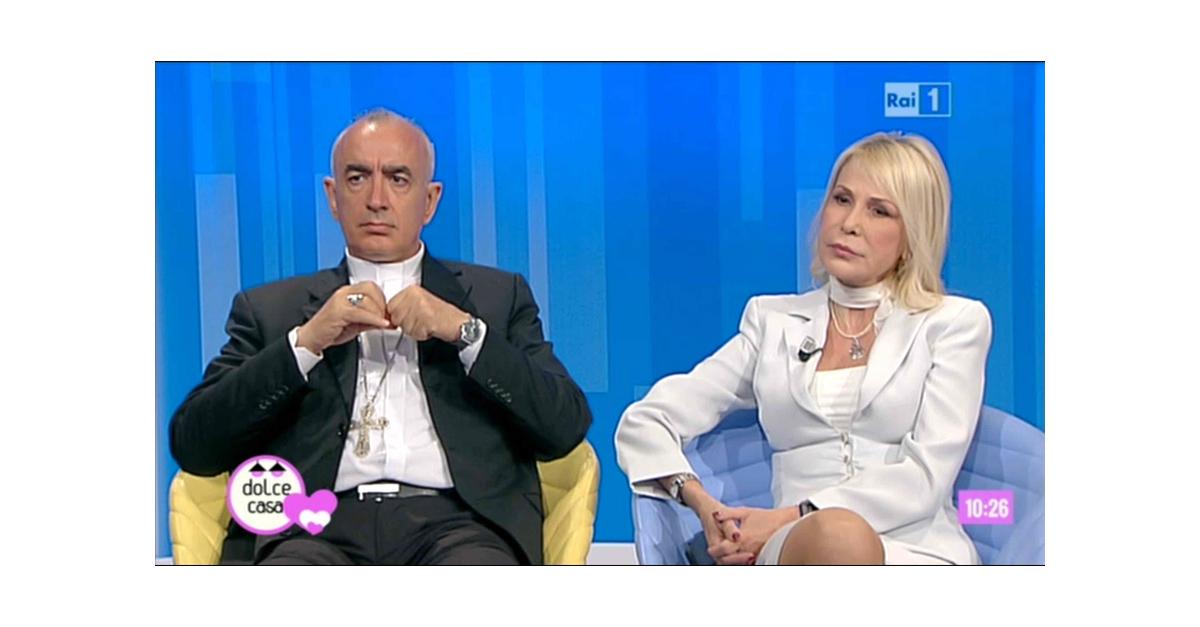 Antonio Staglianò, Antonella Appiano, cristiani minoranza nel mondo - UnoMattinaEstate 25 agosto 2014